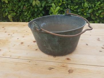Solid copper pan E40.00